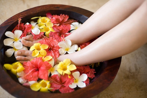 bồn ngâm chân massage